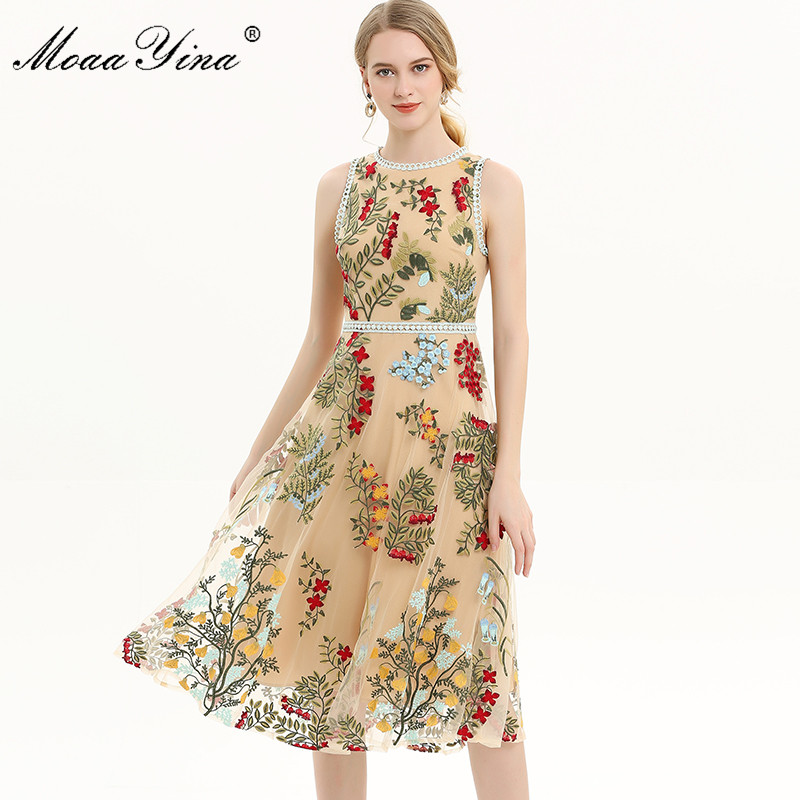 MoaaYina diseñador de moda de la pista vestido Primavera Verano vestido de las mujeres Floral bordado de malla fiesta elegante Slim vestidos-in Vestidos from Ropa de mujer    1