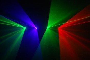Harika etkisi 4 lens 3 renk 260 mW RGV dj disko ışık DMX ses lazer gösterisi sistemi