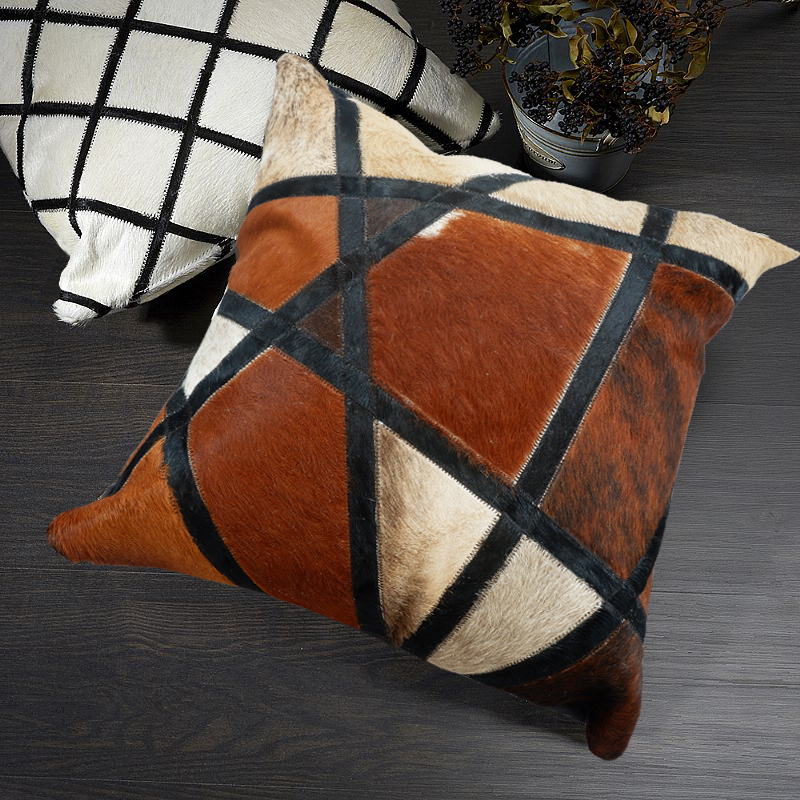 Square cowhide fur pillow cushion with core , natural brown color hand made real cow leather throw for furniture upholsterySquare cowhide fur pillow cushion with core , natural brown color hand made real cow leather throw for furniture upholstery