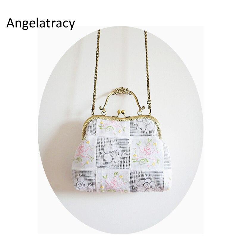 Angelatracy 2018 French Style Lace Handbag Women White Handbag Flower Embroidery Bag Handmade Women White Bag Floral Tote Wooden