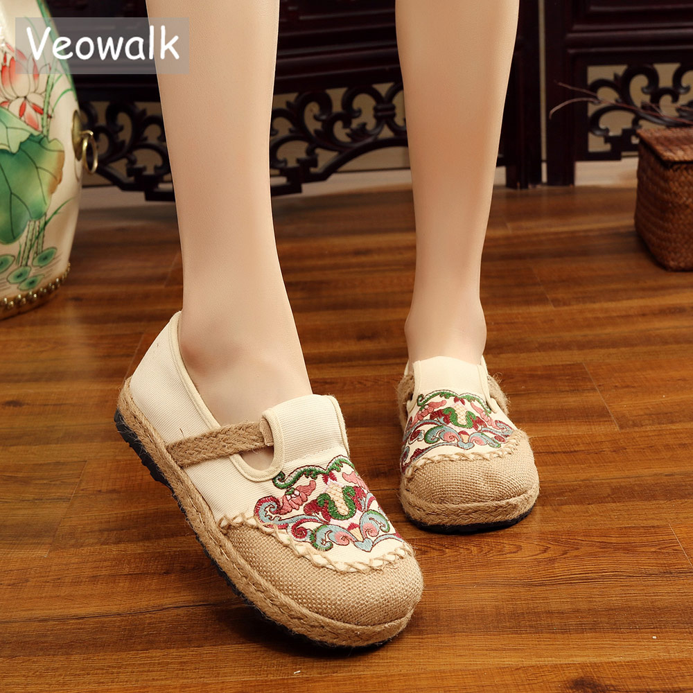 Veowalk Retro Totem Embroidered Women Handmade Linen Canvas Embroidered Loafers Ladies Casual Knitted Espadrilles Flat Shoes e lov new arrival luminous canvas shoes graffiti pisces horoscope couples casual shoes espadrilles women