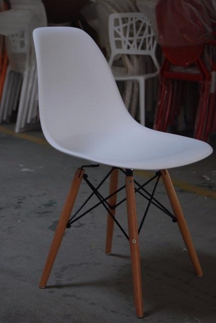 Chaise Avec Pied En Bois Great Cheap Design Moderne Ct Salle Manger