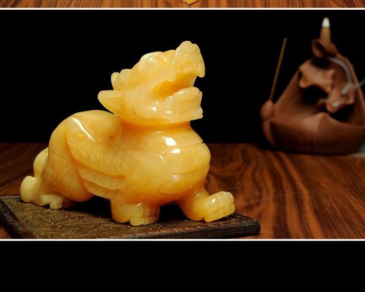 Chinese handmade sculpture Jade shows yellow mascot of
