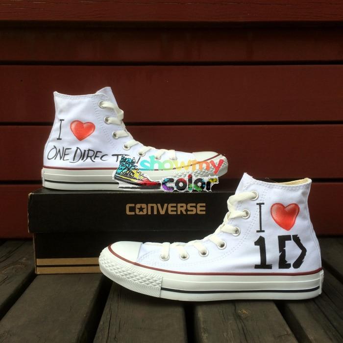 Prix pour 1D One Direction Blanc Haute Top Femmes Hommes Converse All Star Design Peint À La Main Chaussures Femme Homme Sneakers De Noël Cadeaux