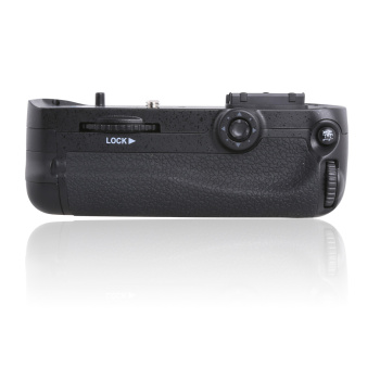 цена на Meike D7100, Meike MK-D7100 MK D7100 Vertical Battery Grip Holder for Nikon D7100 D7200 replace MB-D15 as EN-EL15