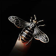 Enamel Bee Brooches Unisex Insect Brooch Pin Women and Men Cute Small Badges Fashion Jewelry Clothes Sweater Jewelry