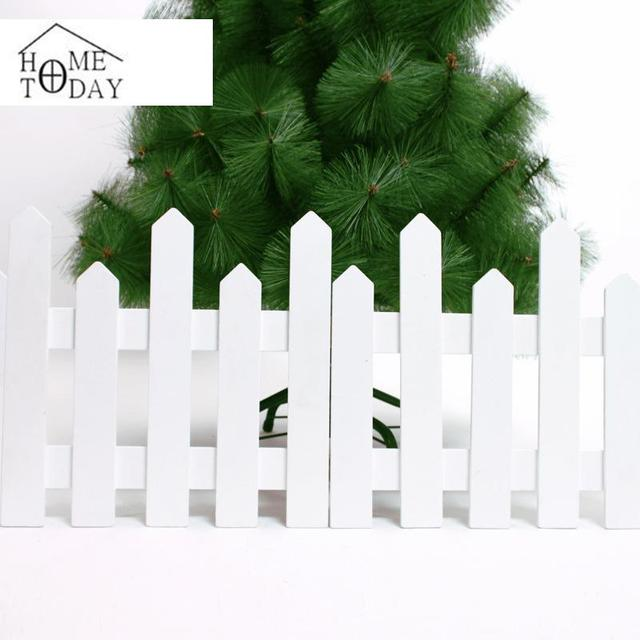 metro de largo cerca adornos para rboles de blanco cerca de madera