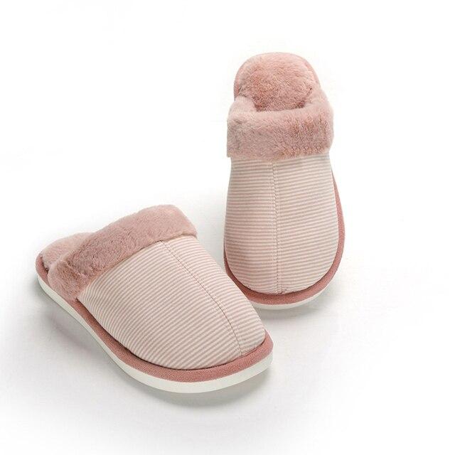 87a818621bc37 Inverno Unisex Cotone Pantofole A Casa antiscivolo scarpe con Suole Morbide  Pistone Dell interno Amanti