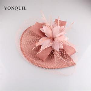 Image 4 - Yeni varış gelin düğün saç fascinators şapka peçe tüy çiçek saç klipleri kadın parti evli yarış şapkalar SYF31