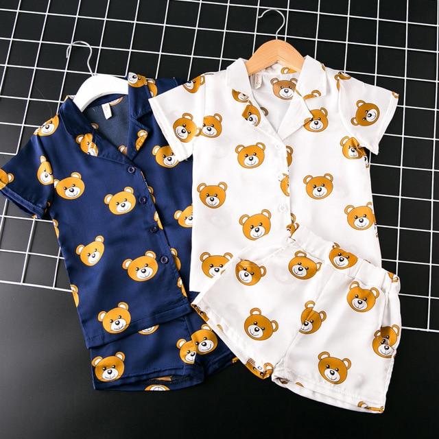 56e4037436ee2 جديد الاطفال الفتيات منامة مجموعات الكرتون الدب منامة أطفال بيجامة infantil  النوم الرئيسية ملابس الطفل الأولاد