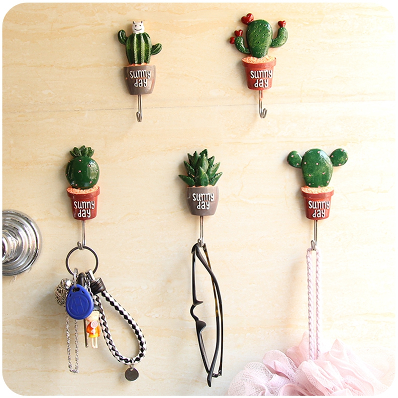 Hot7 Stylish Resin Cactus Stainless Steel And Silicone Hooks Aloe Long-Leaved Orchid Binaural Powder Ball