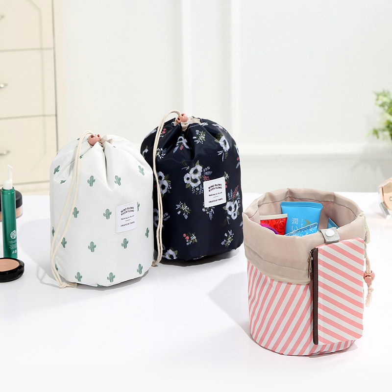2019 New Round Women Makeup Bag Toilet Bag Travel Vanity Organizer Cosmetic Bag Female Feminina Storage Toiletry Kit Case 25