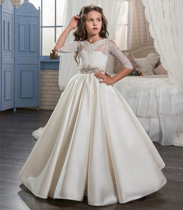 New Arrival First Communion Dresses for Girls Beaded Lace Ball Gown Half Sleeve O-neck Formal Flower Girl Gowns Vestidos LongoNew Arrival First Communion Dresses for Girls Beaded Lace Ball Gown Half Sleeve O-neck Formal Flower Girl Gowns Vestidos Longo