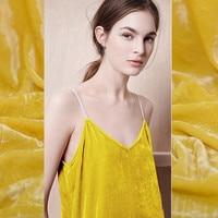 בד קטיפה משי טבעי צהוב גרבים שמלת אופנה tela tissus tissu au מד DIY חג המולד בפלאש נוהרים בד DIY