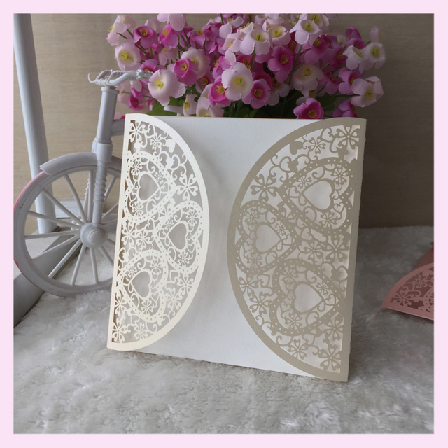 100pcs Lot Bat Bar Mitzvah Decoration Shining Paper Laser Cut Pretty Love Heart Design Wedding Invitation Cards Ceremony