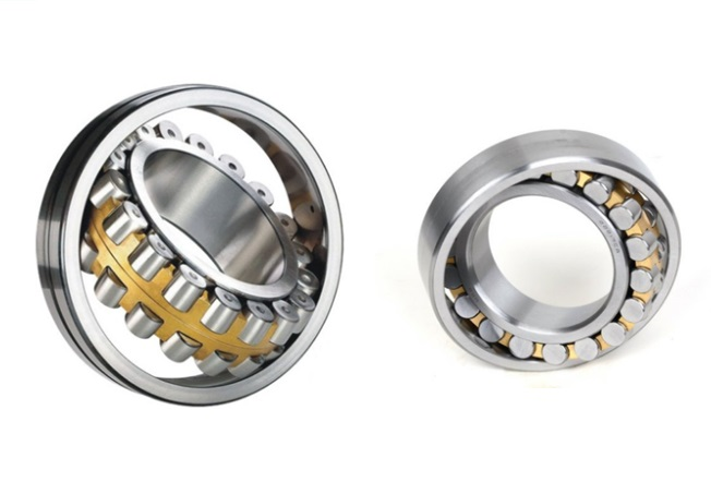 Gcr15 22205 CA or 22205 CC 25*52*18mm Spherical Roller Bearings