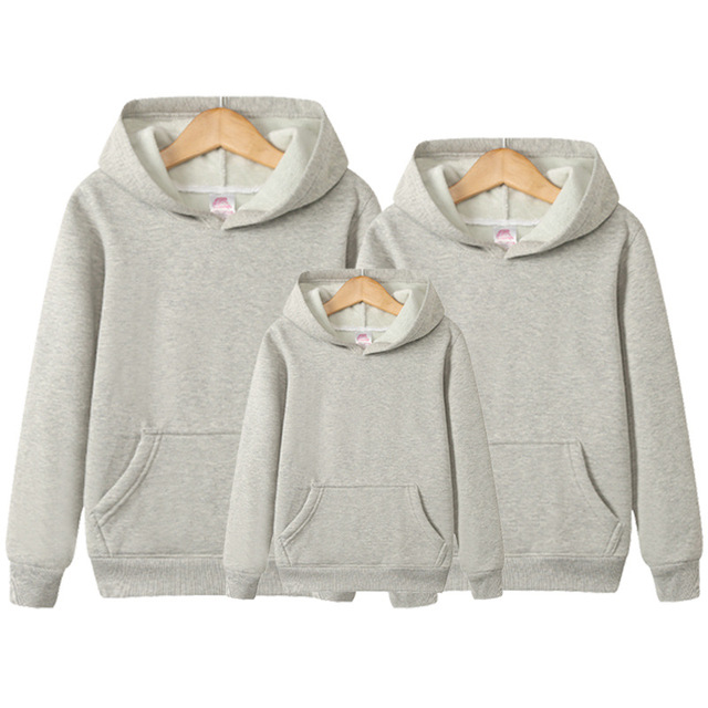 Matching Family Clothing 2018 Autumn Winter Cotton Solid Hoodie Father Son Mother Daughter Clothes Family Matching Outfits