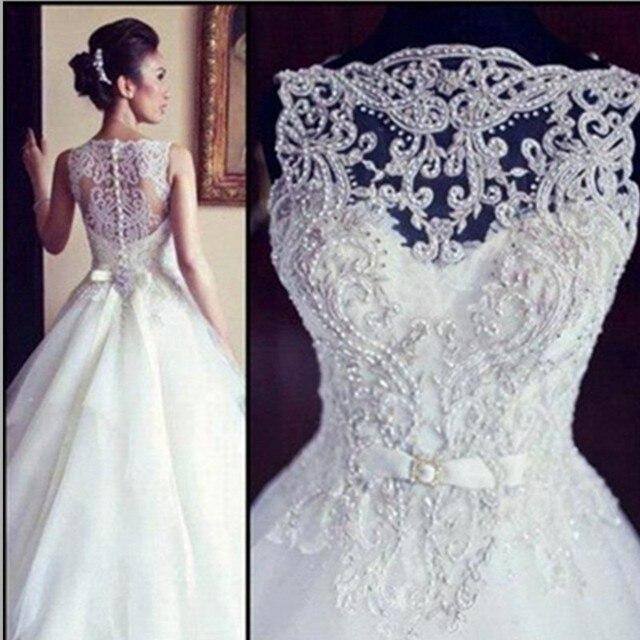 Фото свадебного платья с вышивкой