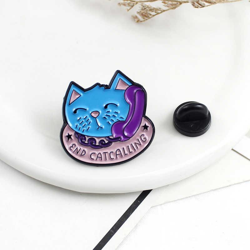Nette cartoon Blau ende nennen Cat Emaille Brosche Lila Telefon Rosa Katze lebensmittel schüssel Pins Tier Emblem kinder Geschenke für Pet Liebhaber
