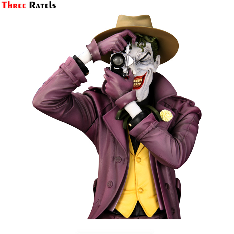 Three Ratels TRL749# 17x14.2cm Joker Take Photo Funny Car Stickers Car Stickers And Decals