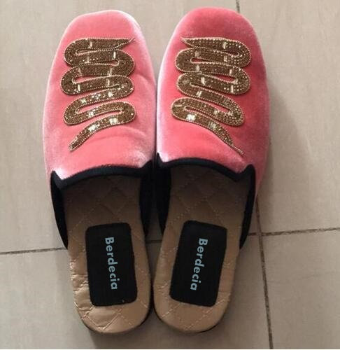 ФОТО European style pink black velvet flat shoes round toe crystal embellished snake shoes hot selling woman casual shoes real photo