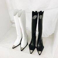 Металлический острый носок Для женщин сапоги до колена Обувь на среднем каблуке Обувь с боковой молнией брендовая кожаная Super Star Обувь для п