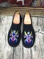 Old BeiJing bordados clásicos Zapatos de los hombres de moda ropa de estilo Chino de primavera y verano Mocasines sandalias zapatos de los planos de La Vendimia para los hombres