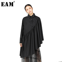 EAM 2018 New Spring Lapel Long Sleeve Black Irregular Fold Split Joint Big Size Cloak