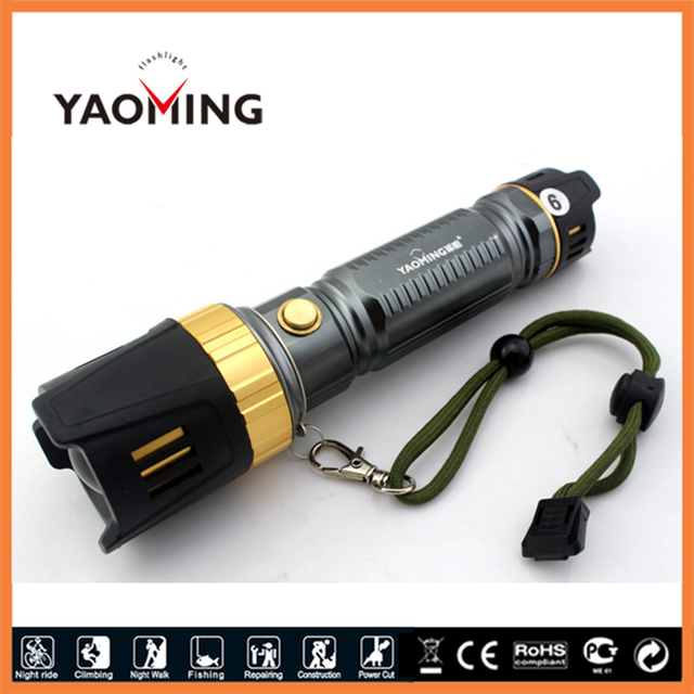 Multifunction Anti drop flashlight tactical lanterna high power led torch AAA/18650/26650 led lamp with life hammer for camping