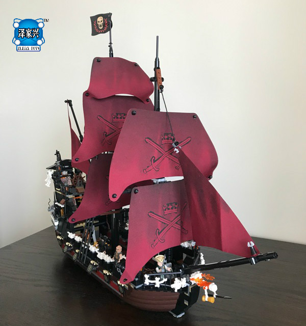 1151Pcs Queen Anne's Revenge Mini Building Blocks Bricks Set Sale Pirates of The Caribbean Blackbeard Figures Lepins Kids Toys lepin compatible 16009 1151pcs pirates of the caribbean queen anne s reveage model building kit blocks brick toys for kids 4195