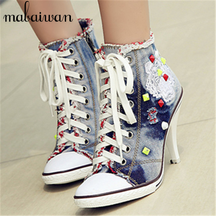 ФОТО Spring Autumn Women Thin High Heels Lace Up Side Zipper Embroidery Fashion Casual Rivets Denim Shoes Ankle Boots Women Pumps