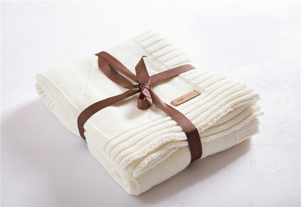 100% cotton Luxury Knitted Blanet,White Color Thread Bedding Blanket,size130 x 180 cm (51x70 inch),white blanket on bed classic knitted cotton plaid double plies bedding throws blanket double size wearable for bath bedding