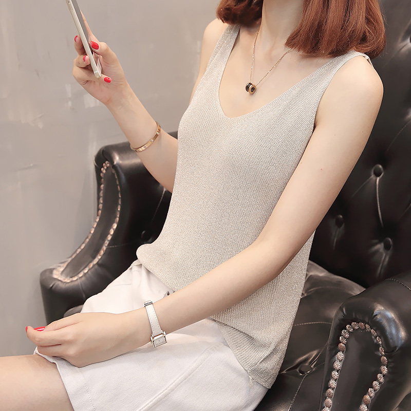7631 (room 2, row 5, No. 2), a new V collar, sleeveless ice knitted sweater 21