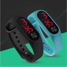 8bc10972de3 Moda Ao Ar Livre Simples Pulseira de Relógio Das Mulheres Dos Homens Sports Digital  LED Vermelho