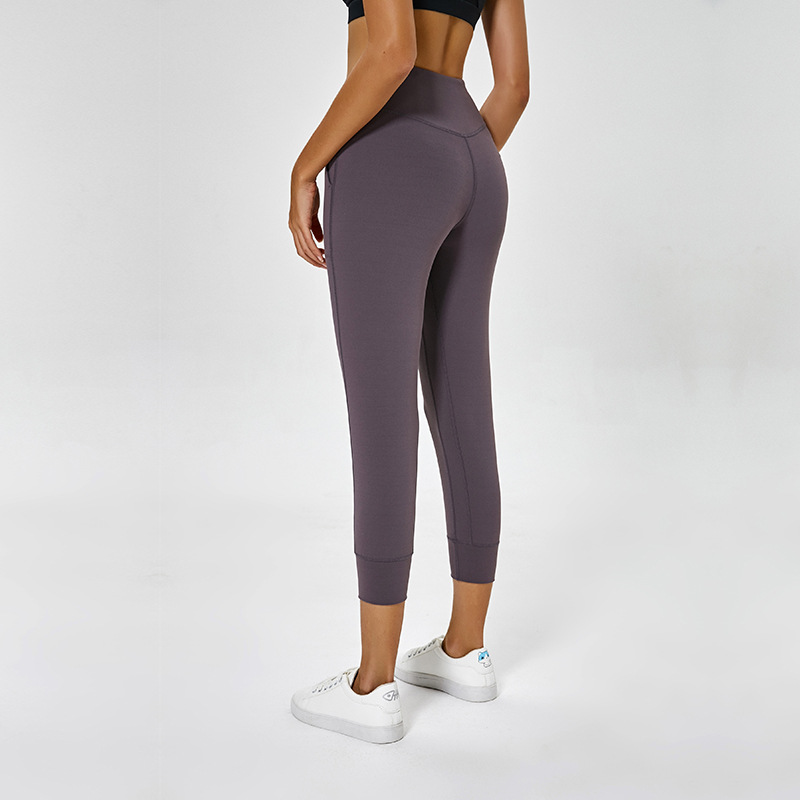 Women Sports Jogger Capris Back Waist Crop Running Active Lounge Crop with side pockets Tights Light weight stretch leggings