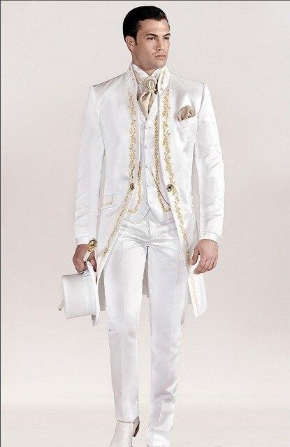 Custom Made Garçons D honneur Mandarin Revers Marié Smokings Blanc Hommes  Costumes Brodé De Mariage 5914fffd97a