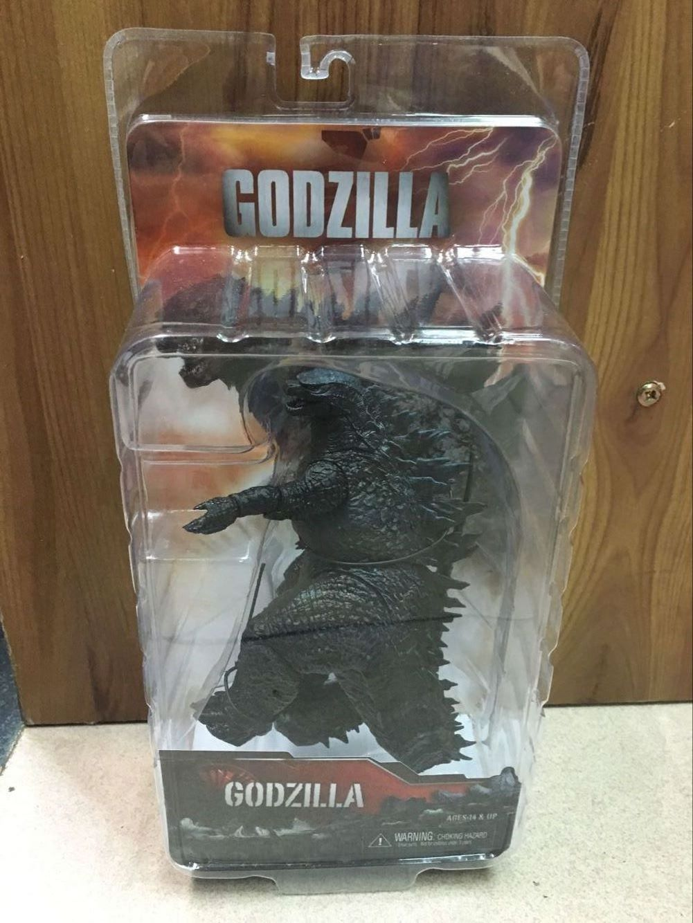 Free Shipping NECA Godzilla Movie Version 14 PVC Action Figure Classic Collectible Model Toy KT3380 neca pacific rim jaeger coyote tango pvc action figure collectible model toy 7 5 19cm free shipping
