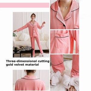Image 3 - JULYS SONG Pijama de otoño e invierno para hombre y mujer, ropa de dormir de manga larga con Top y pantalones de terciopelo dorado