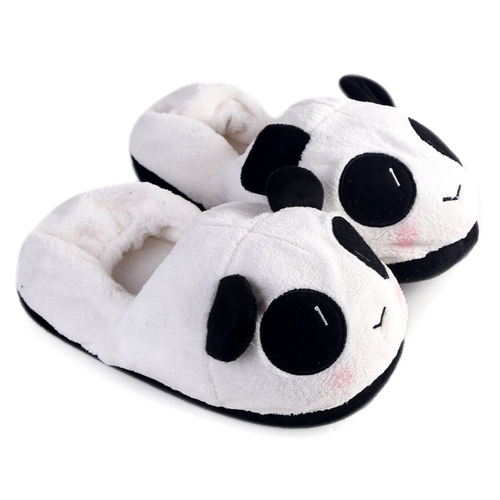 цена на Cute Girls House Shoes Winter Warm Shoes Lovely Cartoon Indoor Panda Face Slippers For Home Use Homing Shoes Slippers For Women