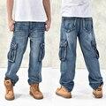 Caliente de la nueva gran tamaño de los pantalones vaqueros de moda Grandes bolsillos sueltos hip-hop hombres pantalones vaqueros de pierna ancha ocasional