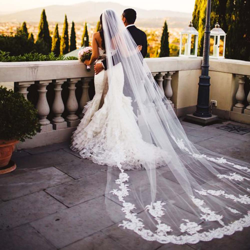 Elegant Lace Appliques Wedding Veil With Comb One Layer Cathedral White Ivory Bridal Veil Long Veu De Noiva