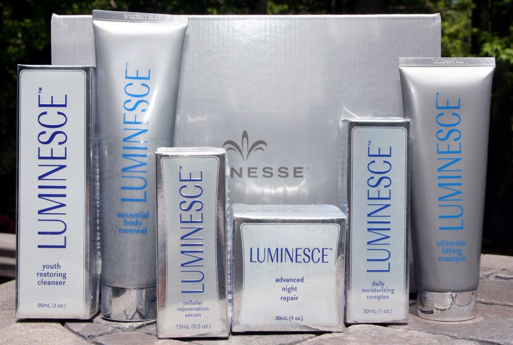 JEUNESSE LUMINESCE KIT OF 6CELLULAR REJUVENATION SERUM MOISTURIZER REPAIR CLEANSER MASQUE RENEWAL