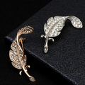 2 colors Retro Men's Brooch For Party Fashion Formal Suits Lapel Pins Brooch For Men Classic Male Alloy Brooch Corsage feather