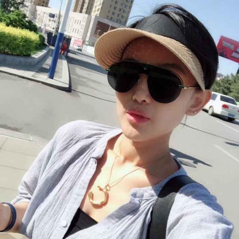 المرأة الصيف فتح قمة القش مضفر قبعة للوقاية من الشمس اللون كتلة قابل للتعديل ماجيك ملصق برشام معدني ديكور واسعة حافة الرياضة في الهواء الطلق