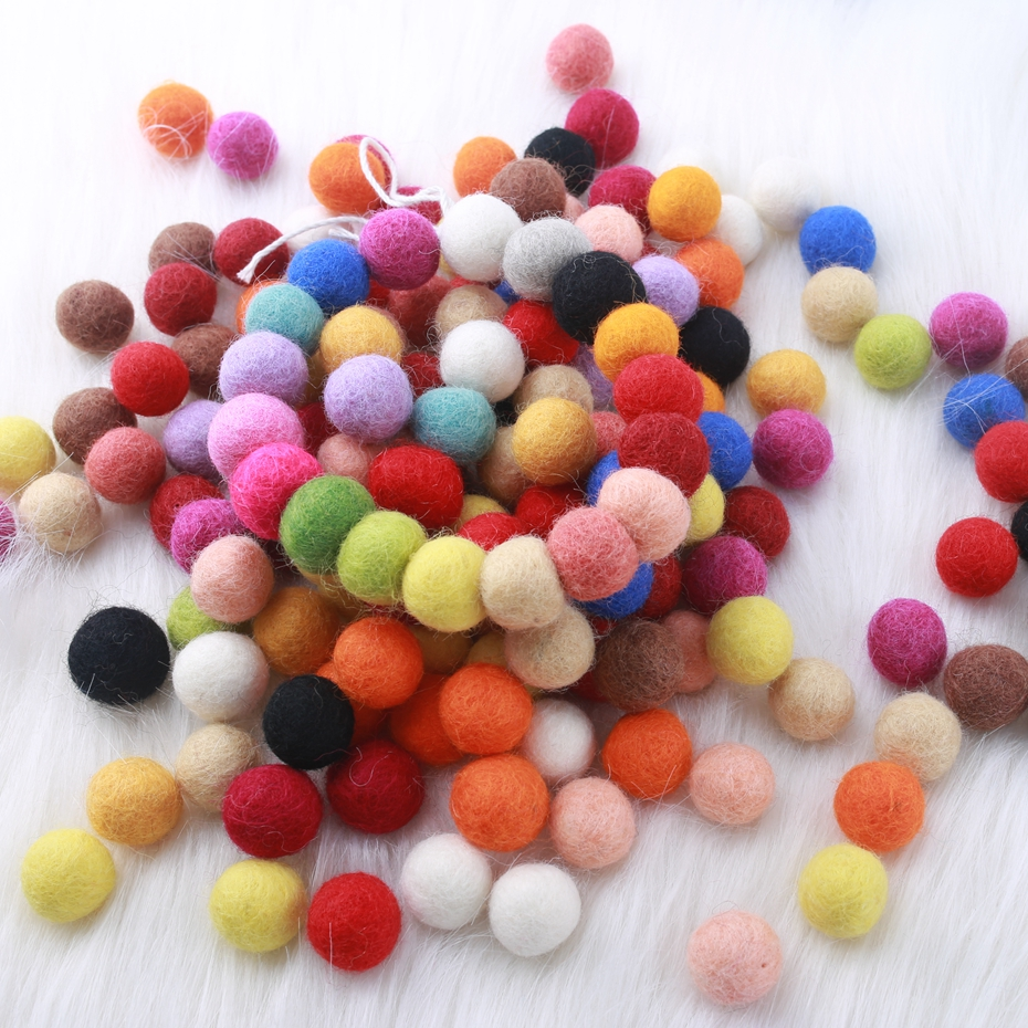 Felt Balls 2cm 20mm (7/8 Inch) 500 Pieces Wool Felt Pom Poms Chunky Random Color Bubblegum Beads Mixed Color Make Ring Rattle