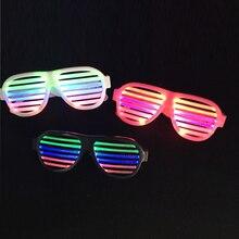 Ζεστό κέικ EL Αναβοσβήνει LED γυαλιά κλείστρου Light-up αποχρώσεις Παιχνίδια Led Glowing Rave για γάμο Party / Χορός DJ / Party Mask 2PCS / Lot
