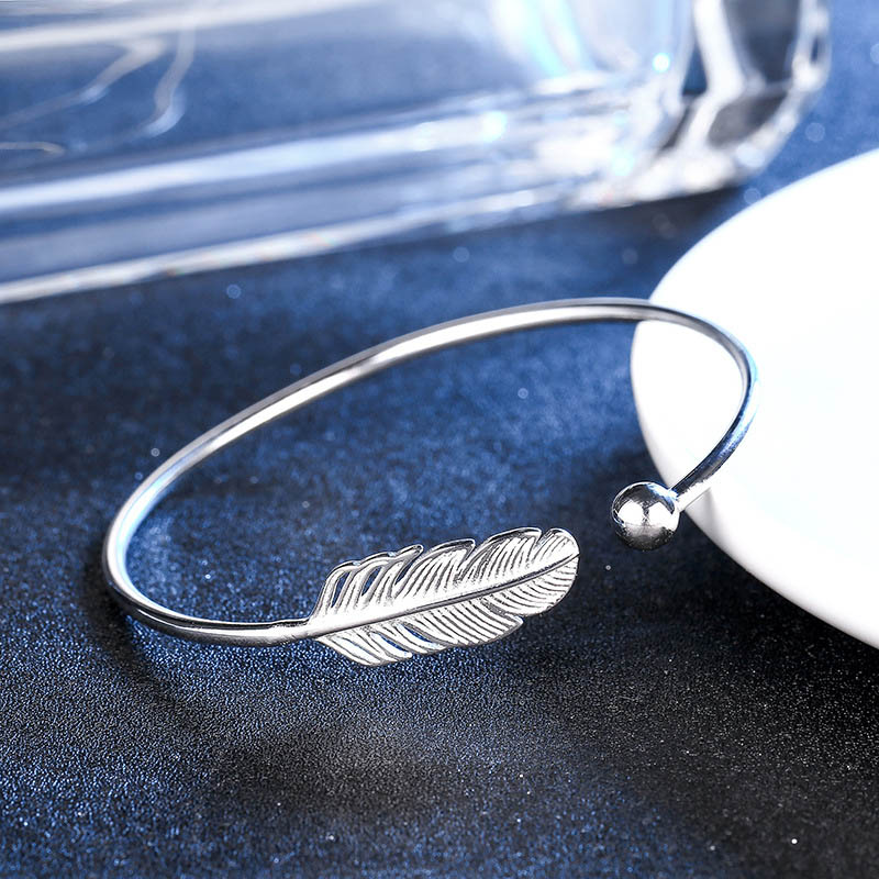 Adjustable Angel Feather Open Cuff Bracelets Bangles for Women Simple Exquisite Jewelry LXH