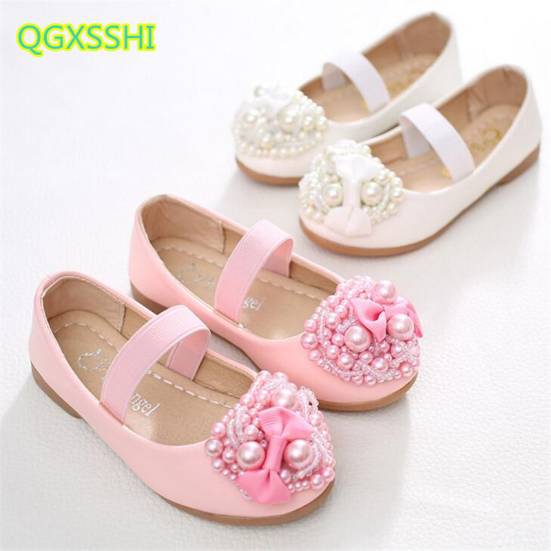 QGXSSHI Girl round love flower shoes children Pearl heart flower dance performance shoes flat dress princess dinner party shoes