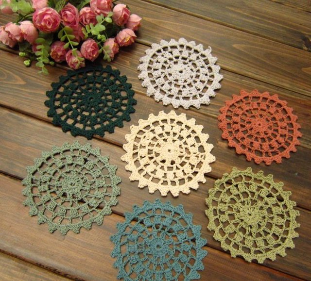 Free shipping Round 4.73inch Hand made Crochet Round doily - diameter : 12 cm - 10 color - 10 PCS / LOT