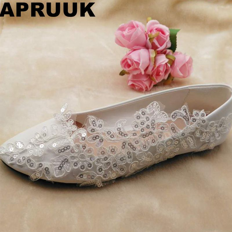 2018 new glitter bling sequins flat heel wedding shoes women round toes slip on spring autumn bridal proms dress flats shoe women wedding shoes flat heel round toes plus size bride shoes lady female sweet lace pearls proms dress evening party shoes